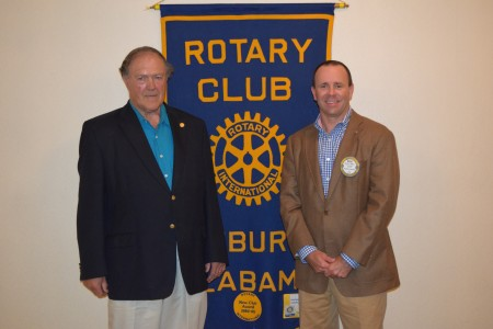 Richard Guthrie, PhD speaks to Auburn Rotary Club on Trends in Local Farming