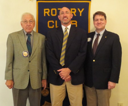 Dr. Dan Givens spoke to the Rotary Club of Auburn