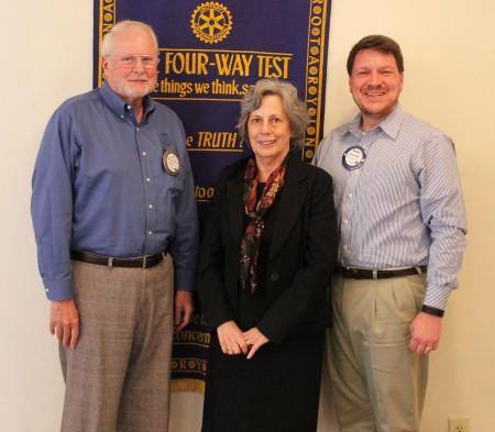 Dean of Auburn University Libraries, Bonnie MacEwan
